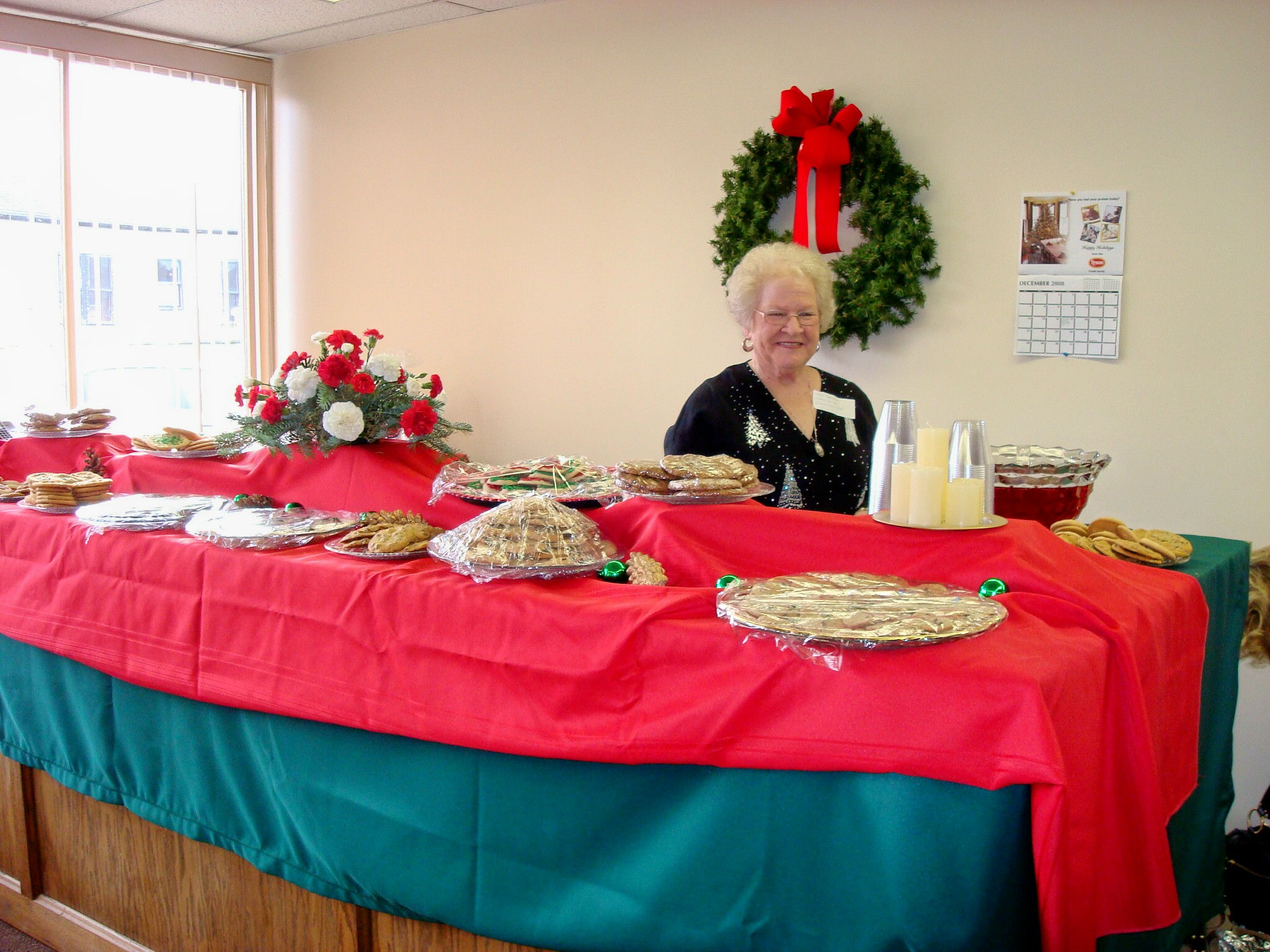 Mary Underwood seerving refreshments at the Library Open House