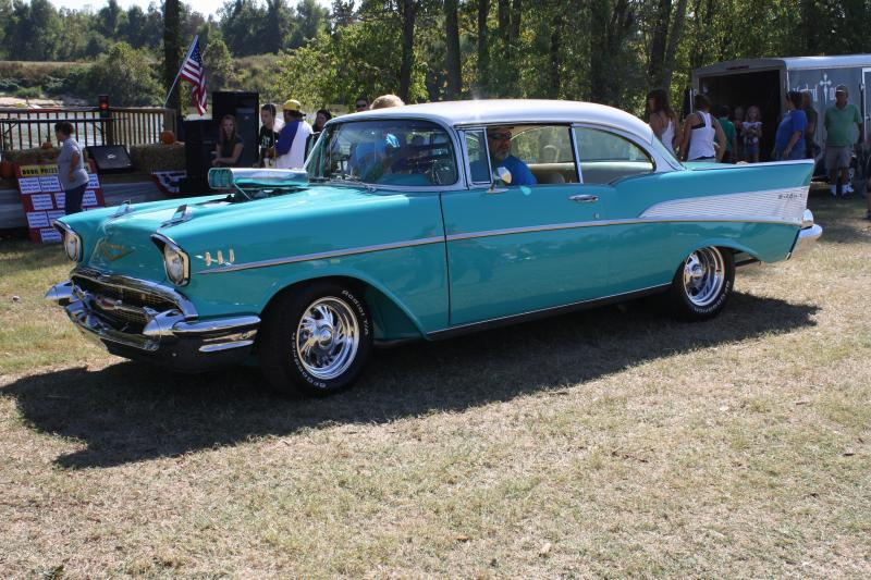 Mayor's Choice - Debbie Schroader's 1957 Chevy Belair
